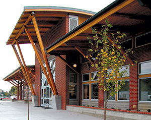 Glulam used in Mount Vernon transit center